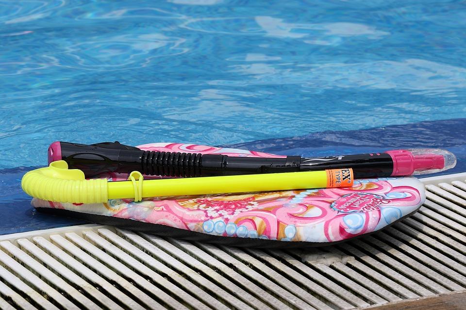 swimming-1653649_960_720